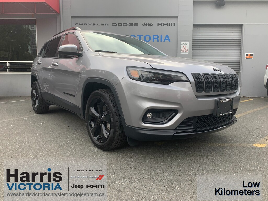 Certified Pre-Owned 2019 Jeep Cherokee North 4x2 Low Kilometers