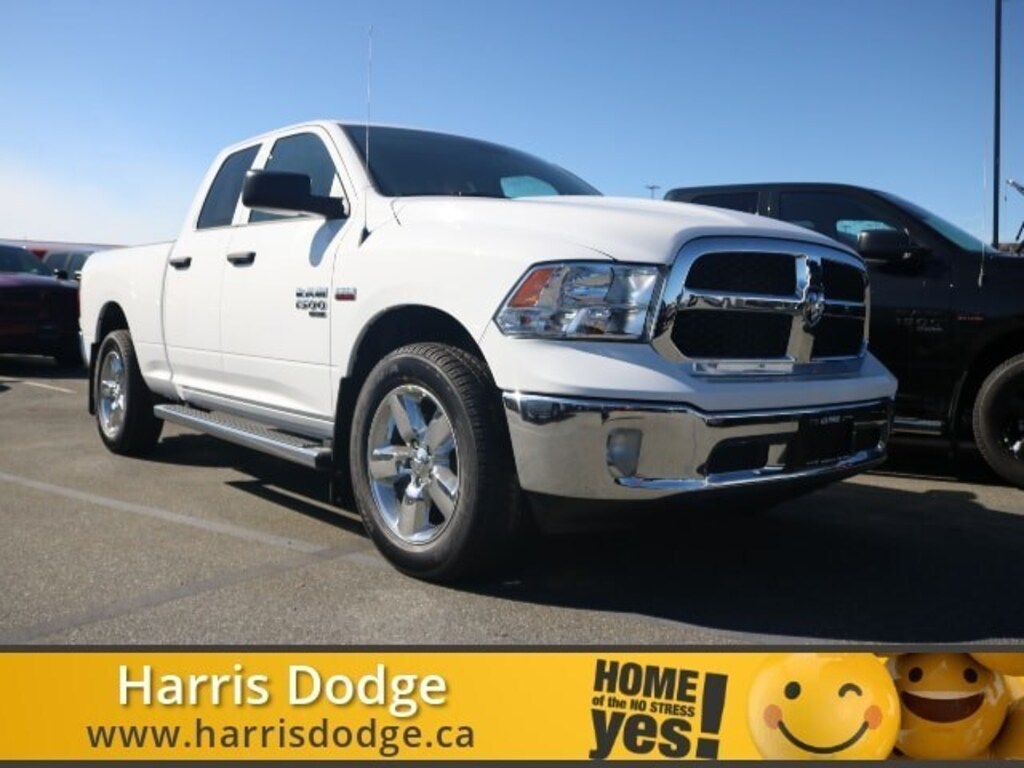 Pre-Owned 2019 Ram 1500 Classic 1500 SXT Plus