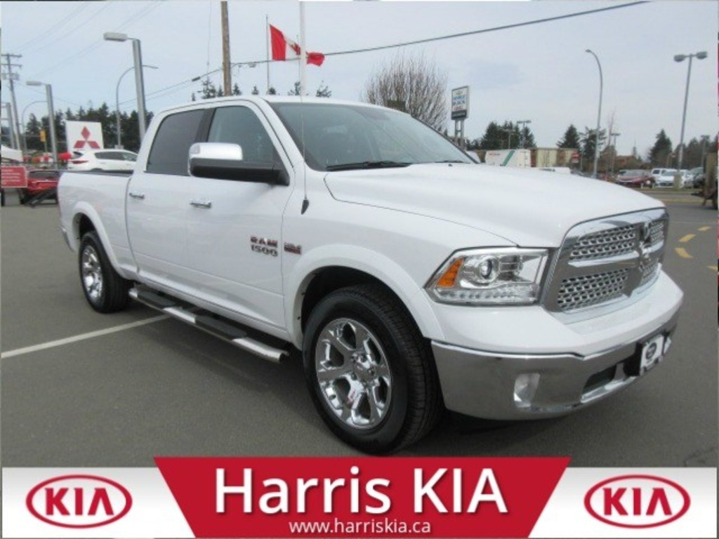 Pre-Owned 2018 Ram 1500 Laramie 4x4 Low Kilometers
