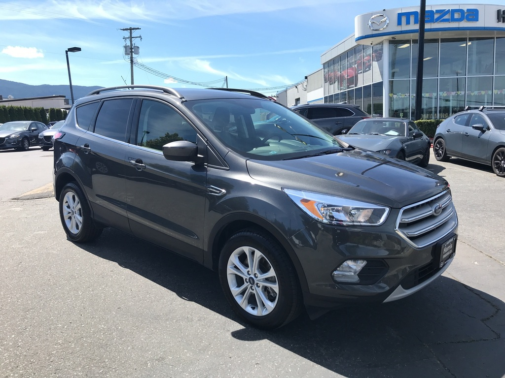 Pre-Owned 2018 Ford Escape ONE OWNER/LOW KM /SERVICE RECORDS/ ACCIDENT FREE!!