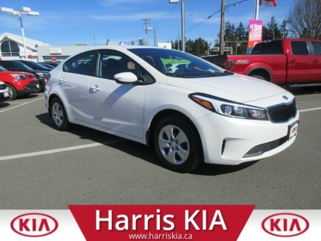 Certified Pre-Owned 2017 Kia Forte LX Warranty Low Kilometers
