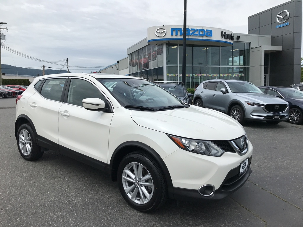 Pre-Owned 2019 Nissan Qashqai CLEAN/ LOW KILOMETRES/ACCIDENT FREE/BACKUP CAMERA
