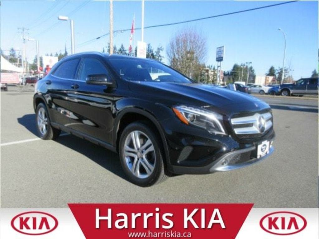 Pre-Owned 2015 Mercedes-Benz GLA 250 4MATIC AWD Low Kilometers