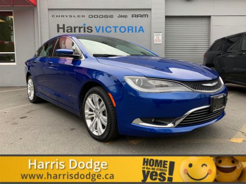 Pre-Owned 2016 Chrysler 200 Limited No Accidents