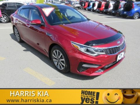 Certified Pre-Owned 2020 Kia Optima EX+ 0.9% Financing Available! Pano Sunroof Leather FWD Sedan