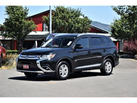 Pre-Owned 2018 Mitsubishi Outlander SE *AWD**7 PASSENGER**