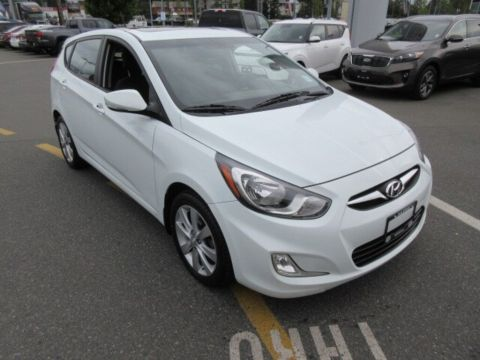Pre-Owned 2013 Hyundai Accent GLS Blue Tooth Sunroof